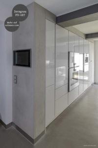 Mikrozement fugenlose Futado Wand und Bodenbeschichtung im Küchenbereich - Juragrau FU-107