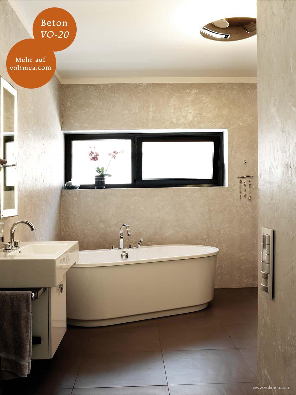 Mikrozement fugenlose Volimea Wandbeschichtung im Badezimmer - Beton VO-20 mit Silberlasur