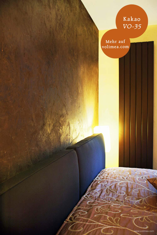 Mikrozement fugenlose Volimea Wandbeschichtung im Schlafzimmer - Kakao VO-35