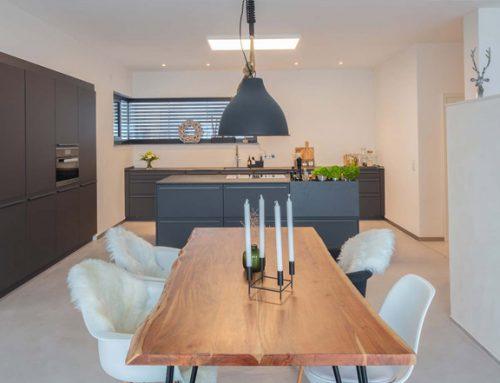 Fugenlose Wandgestaltung und Bodengestaltung Küche